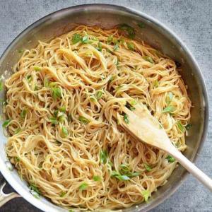 Green Onion Noodles
