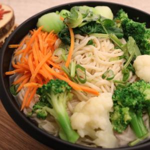 105. Vegetarian Noodle 清汤素菜面