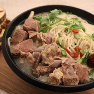 106. Lamb Noodle 滋补羊肉面