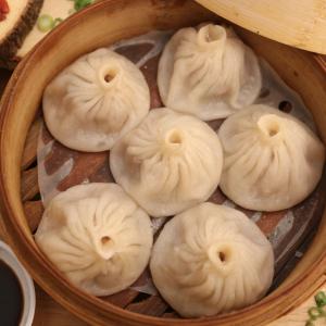507. Soup Dumplings 小笼包 (6 pcs)
