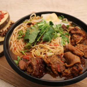 108. Beef Brisket Noodle 红烧牛腩面