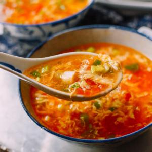 Tomato, Egg, and Dough Drop Soup